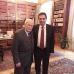 Με τον Πρόεδρο της Δημοκρατίας Κάρολο Παπούλια - 2
